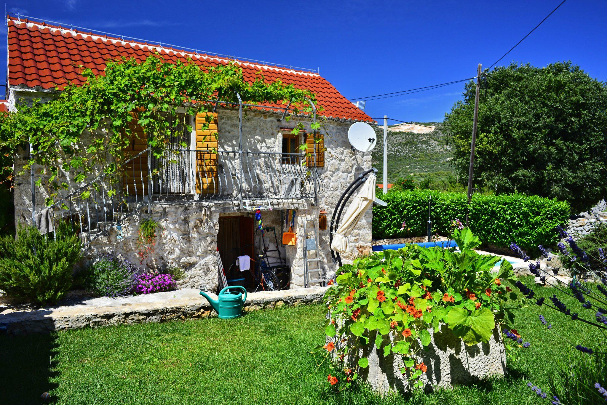 Green & Safe Eco villa